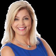 Michelle Omenski Headshot